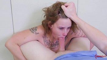 Секс с юной девчонкой в позе кама сутры раком 18 лет