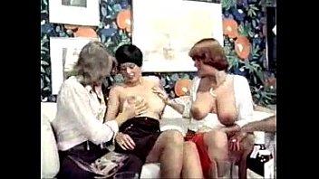 Безудержная мастурбация немецкой проститутки